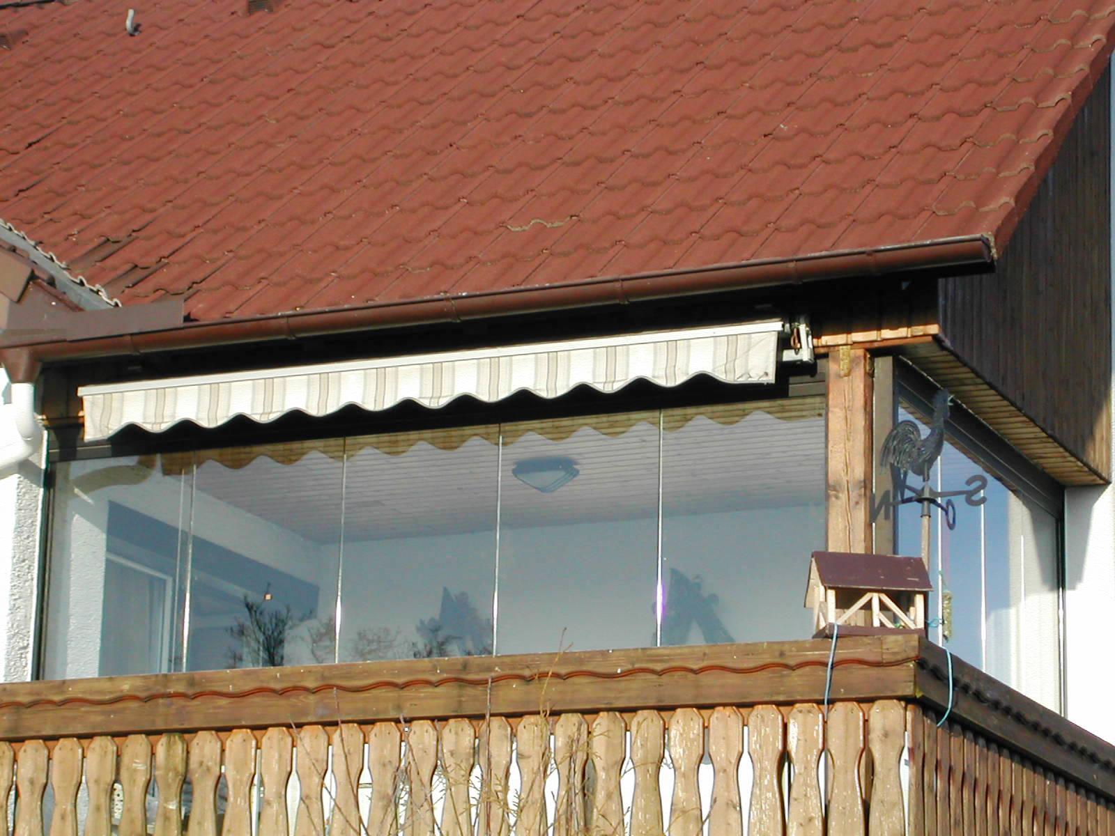 Balkon glasdach auf dem balkon im raum coburg with balkon - Schiebefenster selber bauen ...